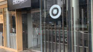 パンケーキ偽物gramが表参道でオープンさせた「ティラミスヒーローズ」閉店!パクったのでネットから制裁
